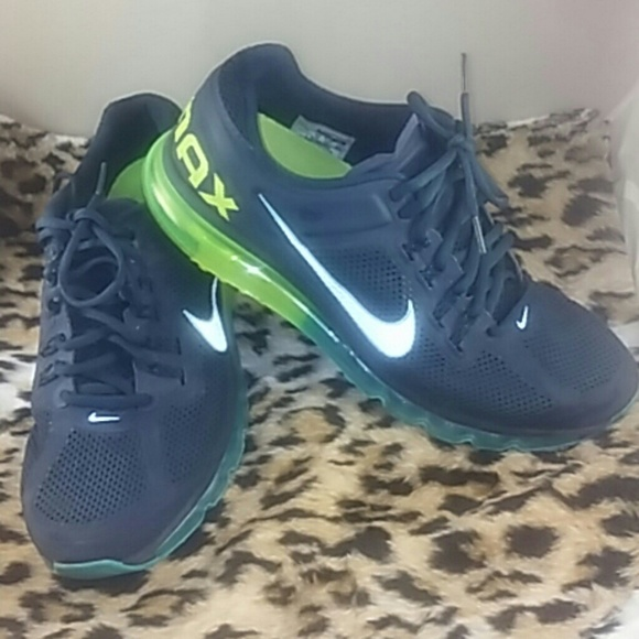 buy popular 586c6 dc3e5 Nike Air Max MINT CONDITION Blue Green 11. M 5a933acd05f4309829a4d5bb